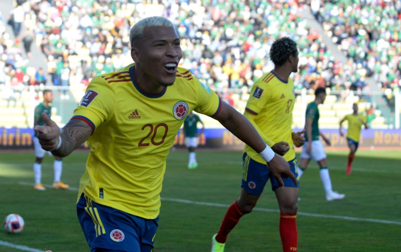 Roger Martínez, gol y figura en el empate de Colombia ante Bolivia.